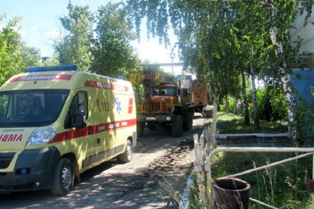 Ребенок умер отудара током ипадения сжелезнодорожного моста