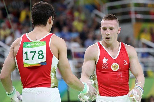Владимирский гимнаст завоевал серебро вкомандном многоборье наОлимпиаде