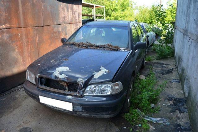 Череповчанин сдал вавтосервис чужой автомобиль, подумав, что онбесхозный