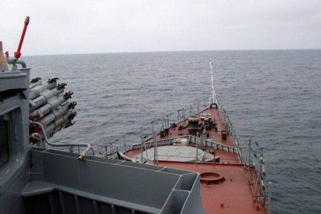 ВПриморье вбухте морского заповедника найдено нефтяное пятно