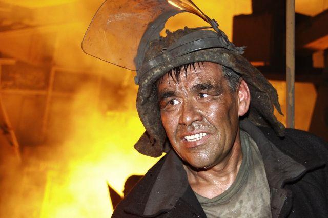 Работает половина населения Красноярского края.
