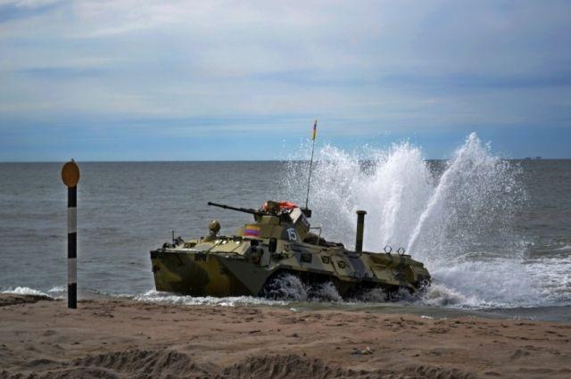 Российские морские пехотинцы выиграли конкурс «Морской десант» на АрМИ-2016.
