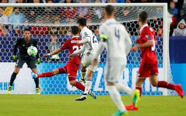Первыми забили мадридцы и гол на свой счет записал Асенсио