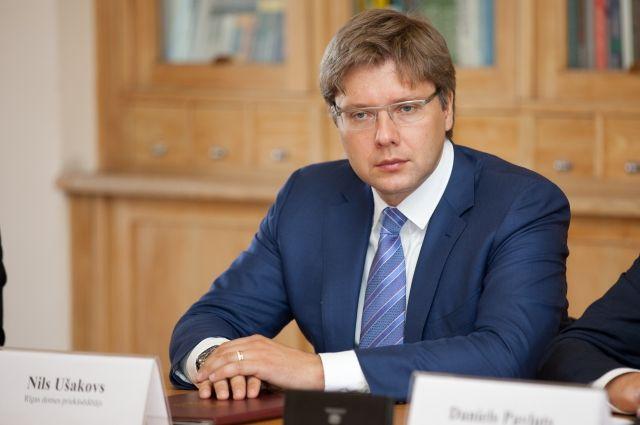 Мэр Риги оспорил штраф в €140 за российский язык в социальных сетях