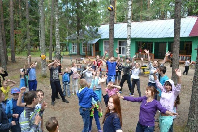 В лагере даже «колючие», сложные подростки чувствуют себя взрослее и ответственнее.