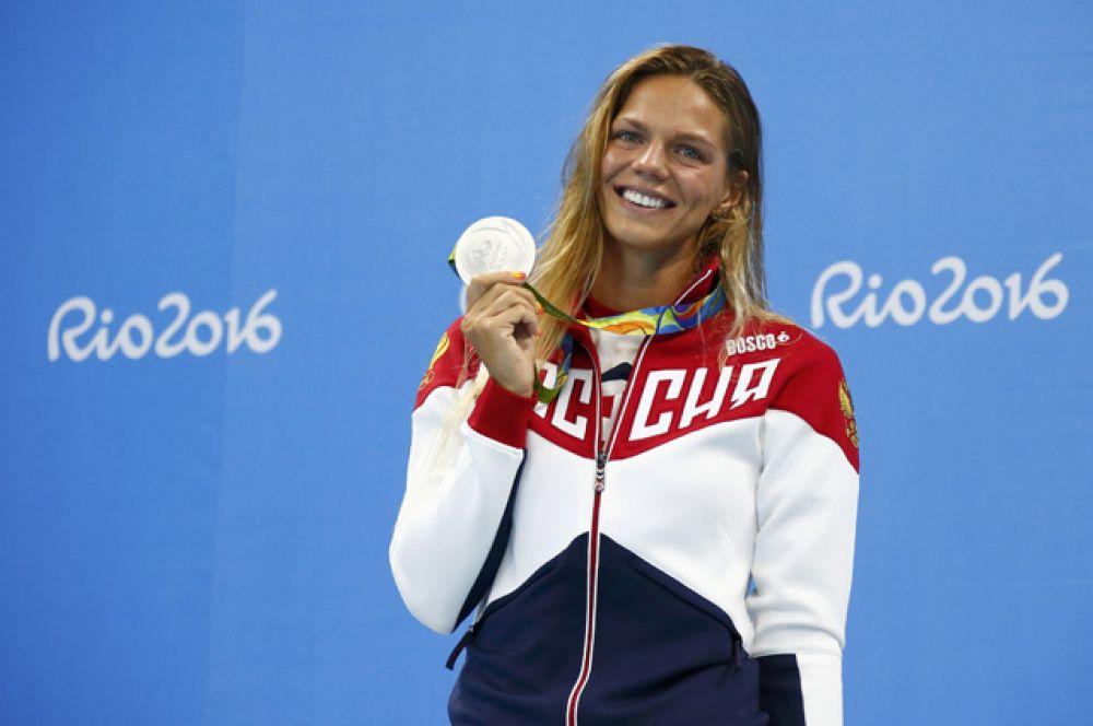 11 августа пловчиха Юлия Ефимова завоевала вторую серебряную медаль в дистанции 200 м брассом. Первую девушка получила 8 августа в дистанции на 100 м.