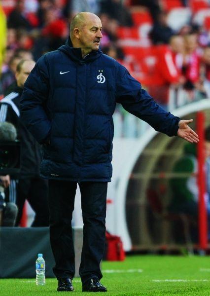 В августе 2008 года Черчесов был отправлен в отставку. В 2010-м он подписал контракт с «Жемчужиной-Сочи», а в 2011-м возглавил грозненский «Терек», откуда в мае 2013-го был уволен.