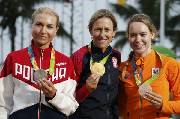 10 августа велосипедистка Ольга Забелинская выиграла серебряную медаль в велогонке на шоссе с раздельным стартом.