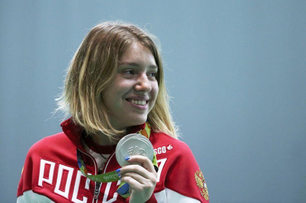 7 августа серебряную медаль получила Виталина Бацарашкина в стрельбе из пневматического пистолета с 10 метров.