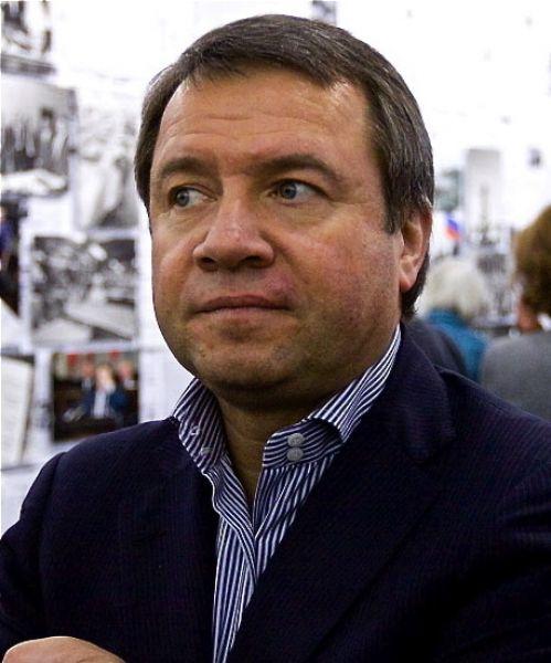 Валентин Юмашев. 11 марта 1997 года — 7 декабря 1998 года. Президент — Борис Ельцин.