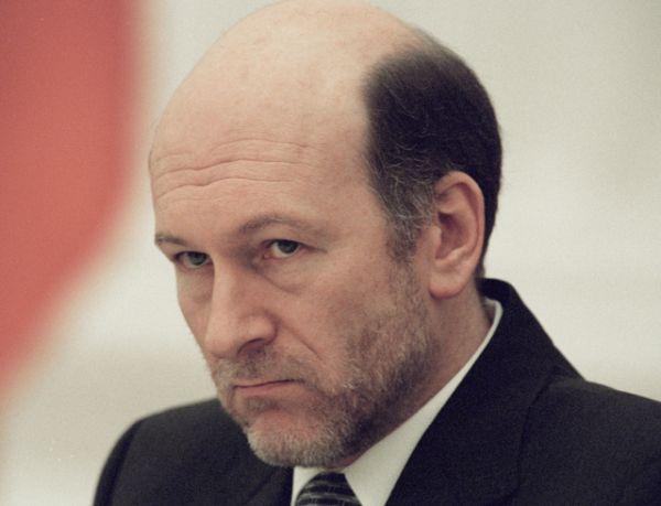 Александр Волошин. 19 марта 1999 года — 7 мая 2000 года. Президент — Борис Ельцин, Владимир Путин.