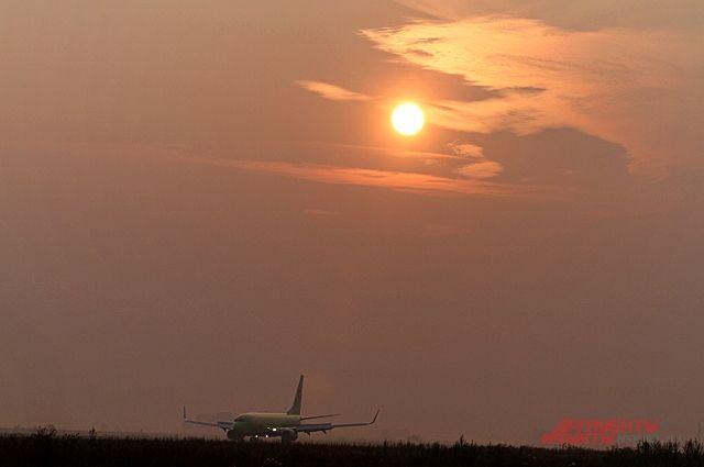 ВСША самолёт развернули впункт вылета из-за неприятного запаха наборту