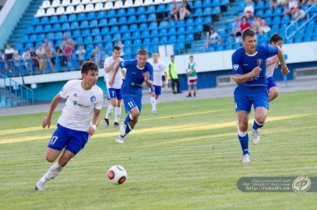 «СКА-Хабаровск» и«Факел» сыграли вничью