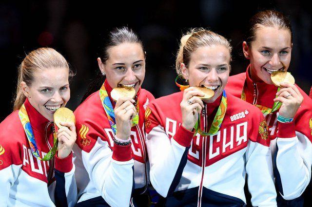 Слева направо: Екатерина Дьяченко, Яна Егорян, Юлия Гаврилова и Софья Великая.