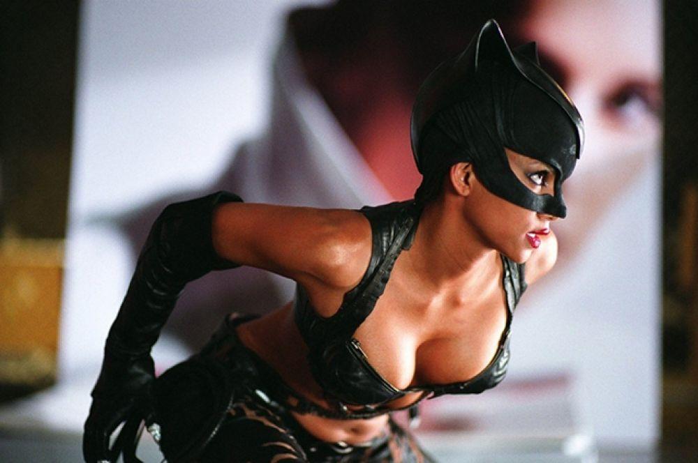 Берри получила 12,5 миллионов долларов за главную роль в фильме «Женщина-кошка».