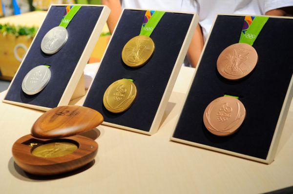 Дизайн олимпийских медалей для Игр в Рио-де-Жанейро в 2016 году.