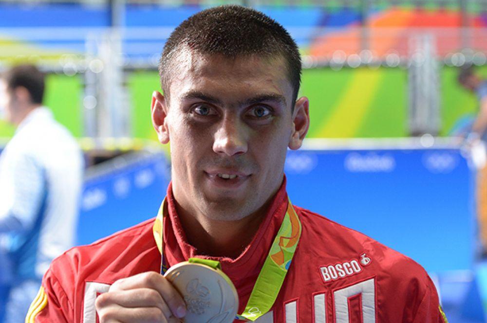 16 августа боксер Евгений Тищенко взял золотую медаль в весовой категории до 91 кг на Играх.
