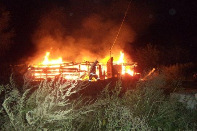ВЩёкинском районе вспыхнул дачный домик