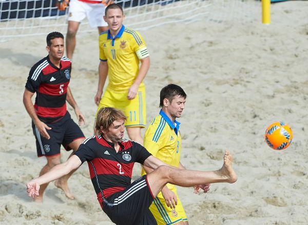 В обычном футболе счет 5-0 в пользу сборной Украины мог бы показаться нереальным, но не здесь