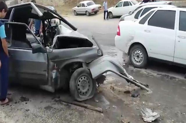 ВДагестане 4 человека погибли вДТП
