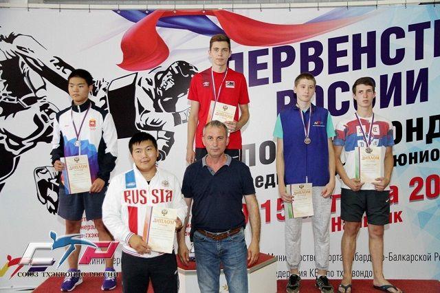Кемеровчанин одержал победу «золото» напервенстве страны потхэквондо