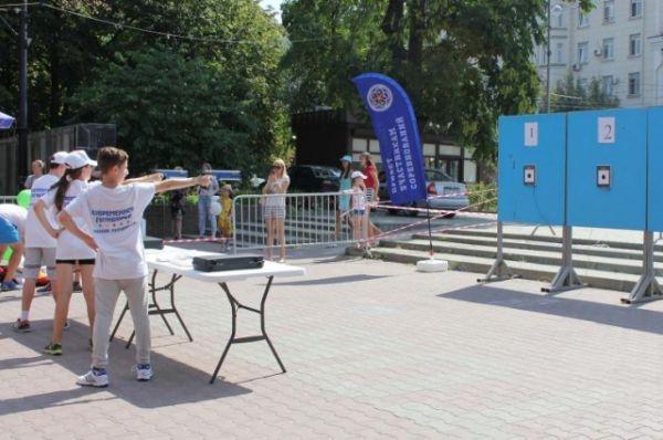Сейчас в Ростовской области более 1 млн жителей ведут активный образ жизни, регулярно занимаются физкультурой и спортом.