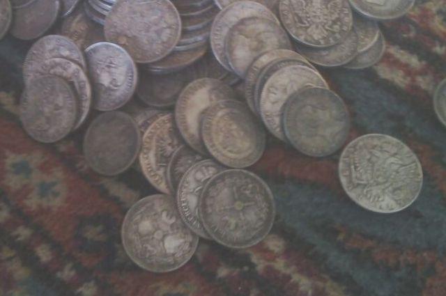 ВКазани мошенники продали горожанке «царские» монеты за72 тысячи руб.