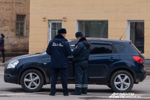 Наулице Петра Алексеева вСмоленске словили нетрезвого водителя