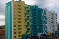 Компания помогает обзавестись квартирой даже людям с небольшими доходами.