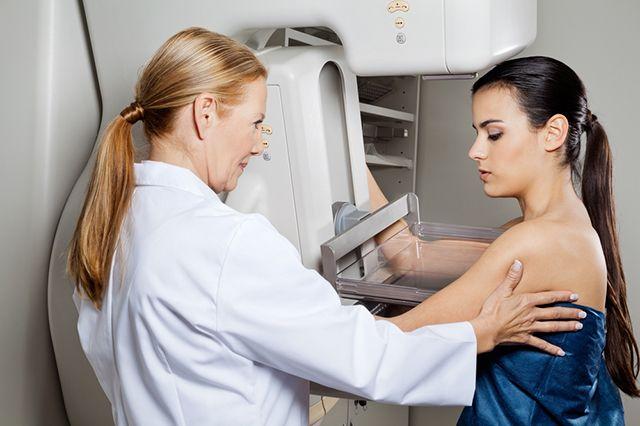 Чаще всего раком груди болеют женщины в возрасте 40-45 лет