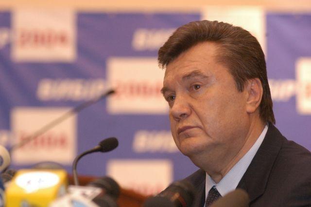 Янукович желает увидеться сПорошенко иЯценюком— что требует прошлый президент