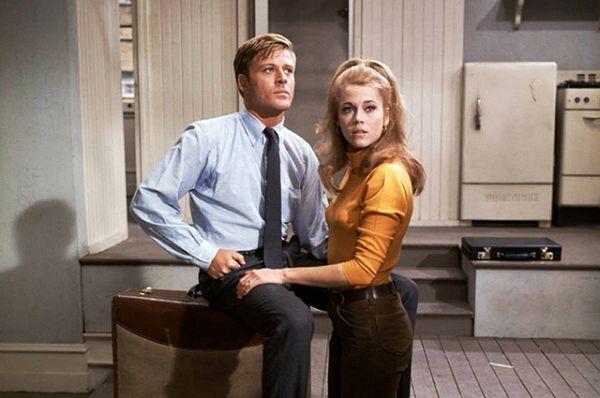 В 1967 году Редфорд участвовал в экранизации бродвейского спектакля «В парке босиком», где его партнершей стала Джейн Фонда.