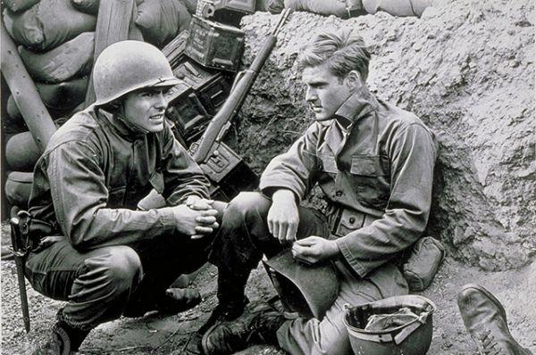 Первая серьезная киноработа Редфорда — фильм о Корейской войне «Военная охота» (1962), где он сыграл солдата-новобранца, попавшего на аванпост, стоящий на 38-й параллели.