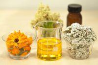 Отвары трав или классические таблетки - каждый выбирает сам.