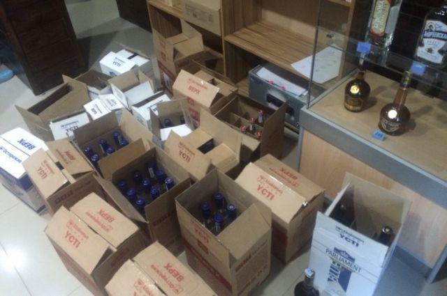 Самарец организовал наЗаводском шоссе реализацию контрафактного алкоголя