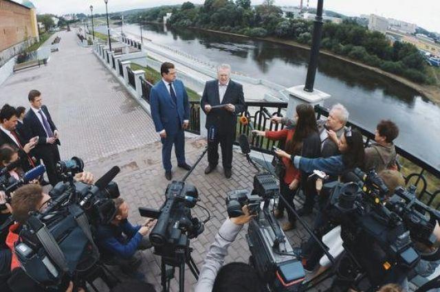 Владимир Жириновский подчеркнул, что вСмоленской области создан правильный инвестиционный климат