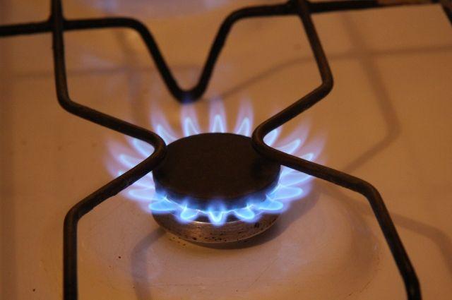 Уженщины, при попытке заварить чайник, загорелась одежда