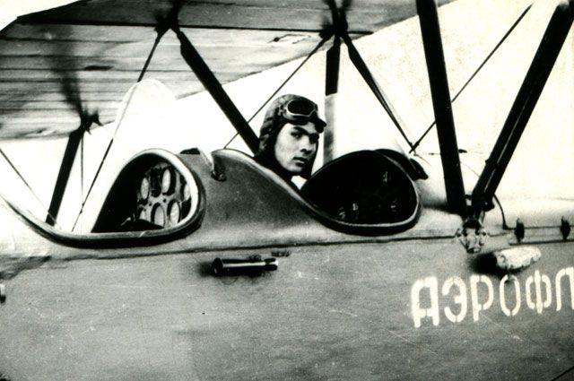 Летчик Проклин провел в небе более 24 тысяч часов.