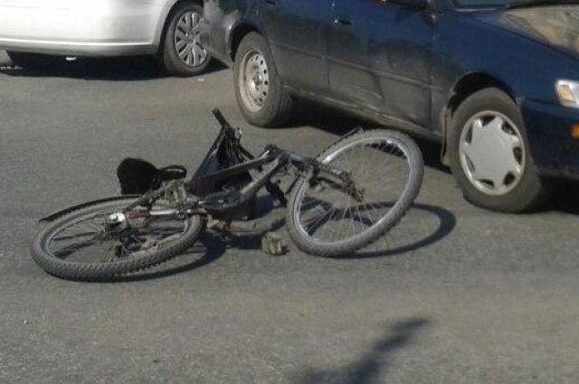 ВАЗ насмерть сбил велосипедиста вЧебаркуле