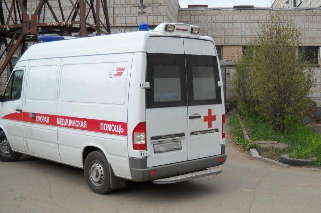"ВВолжском районе юноша наВАЗ-21124 врезался вМАЗ"""