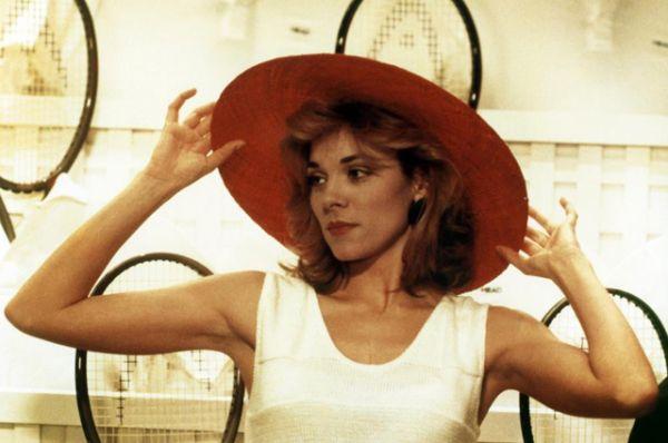 В 1987 году ее главная роль в фильме «Манекен» имела огромный зрительский успех.