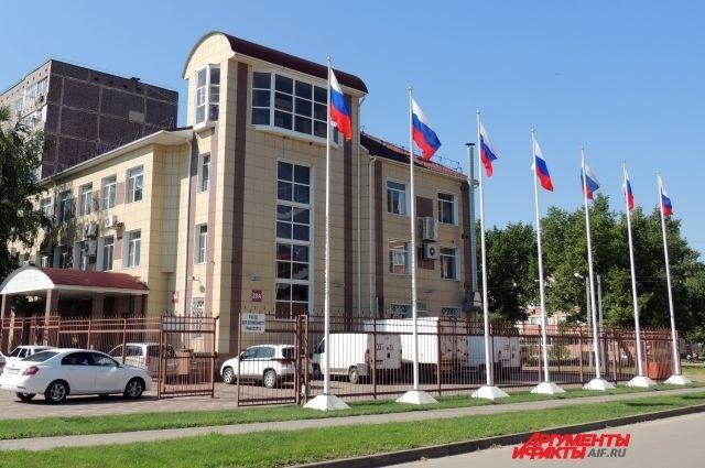 Семь флагштоков с флагами установлены здесь не ради красоты или привлечения внимания, а для проведения испытаний.