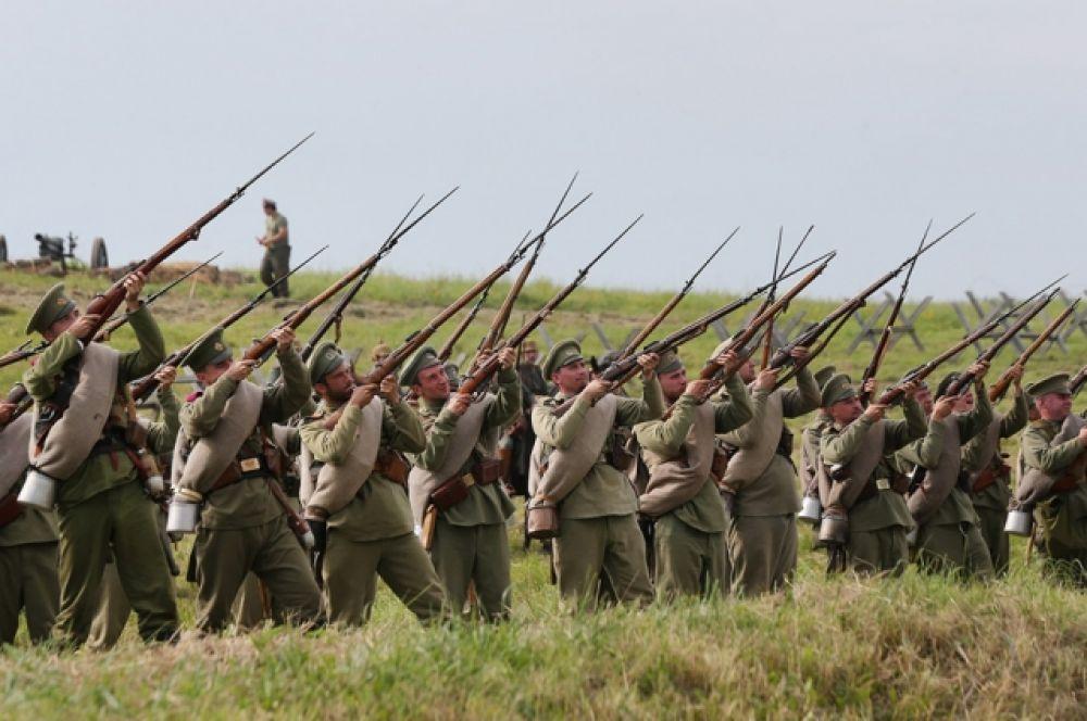 Битва при Гумбиннене - первое сражение на восточном фронте Первой мировой войны. Произошло во время Восточно-Прусской операции 1914 года. Завершилось победой русских войск и отходом германских частей.