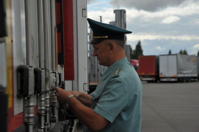 ФСБ РФ задержали контрабанду изПольши— Вобход санкций