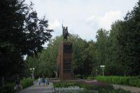 Памятник В.И. Чапаеву в Чебоксарах