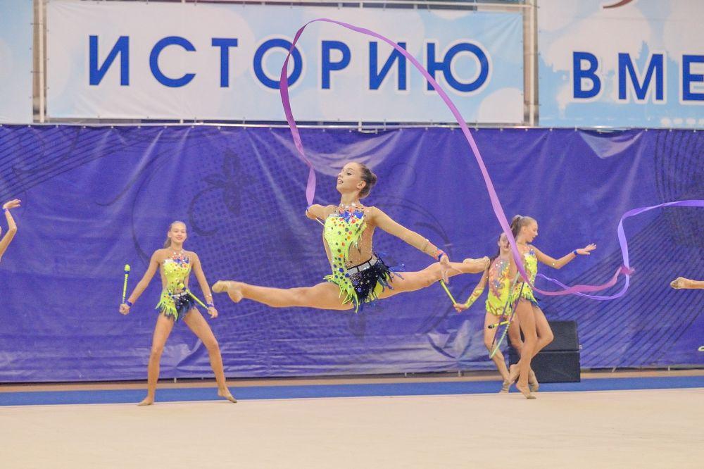 Молодежная сборная Пензенской области по художественной гимнастике в групповых упражнениях
