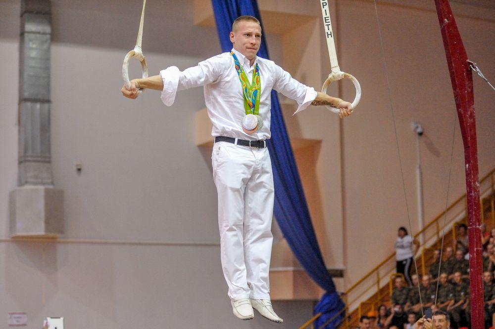 Крест Азаряна в исполнении Дениса Аблязина