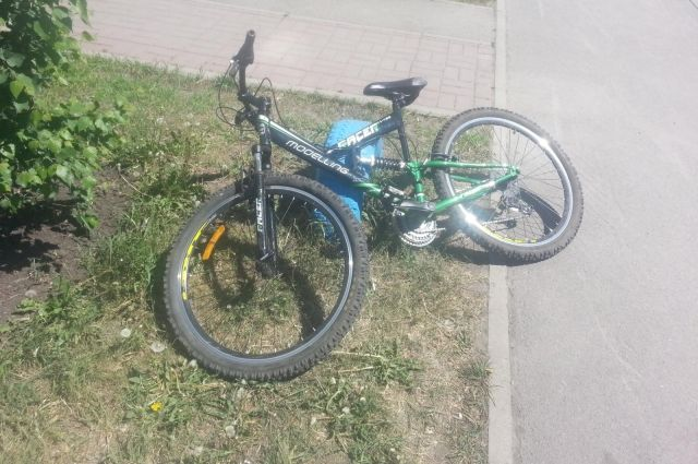 ВЧкаловском поселке Омска шофёр иномарки сбил 12-летнего велосипедиста