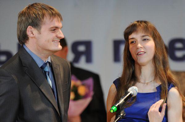 Владимир и Елена Свиридовы — легкоатлеты. Владимир — бронзовый призер летних Паралимпийских игр 2012 года в Лондоне, Елена — чемпионка Паралимпийских игр того же года.