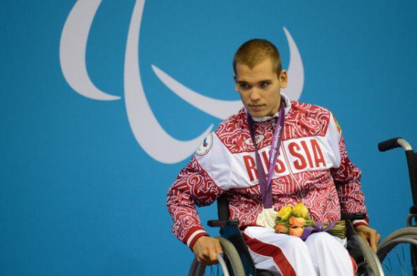 Дмитрий Кокарев — пловец, трехкратный чемпион, рекордсмен и призер летних Паралимпийских игр 2008 года, призер Паралимпийских игр в Лондоне.